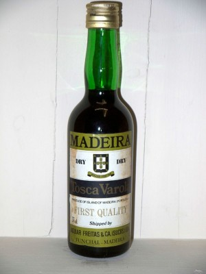 Vins anciens Portugal Madeira dry Toscavarola first quality presumed 1970s