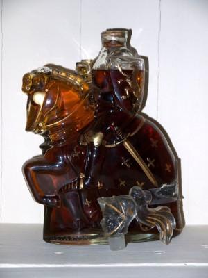 """Grand Spiritueux  Armagnac Castagnon """"cavalier sélection"""" présumé des années 60"""