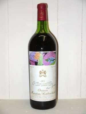 Magnum Château Mouton Rothschild 1975 in OWC