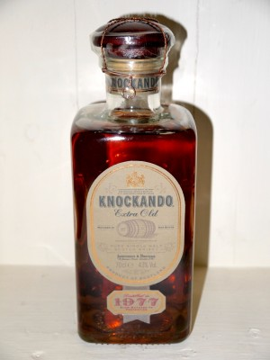 Knockando Extra Old 1977 en coffret