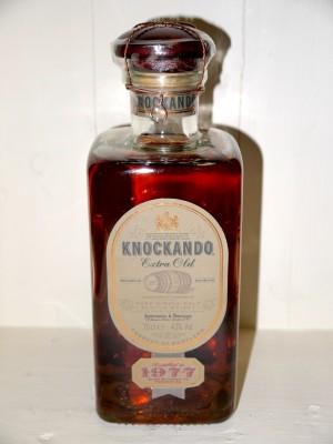 Whisky millesime Knockando Extra Old 1977 en coffret