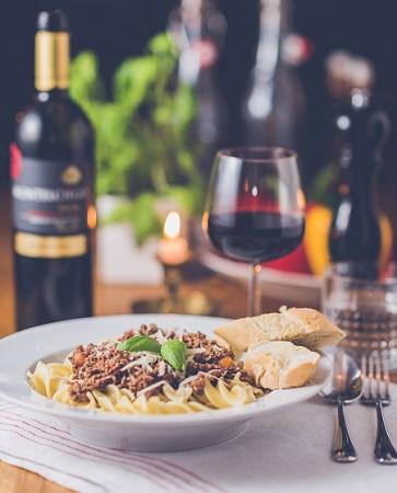 association vin et plat